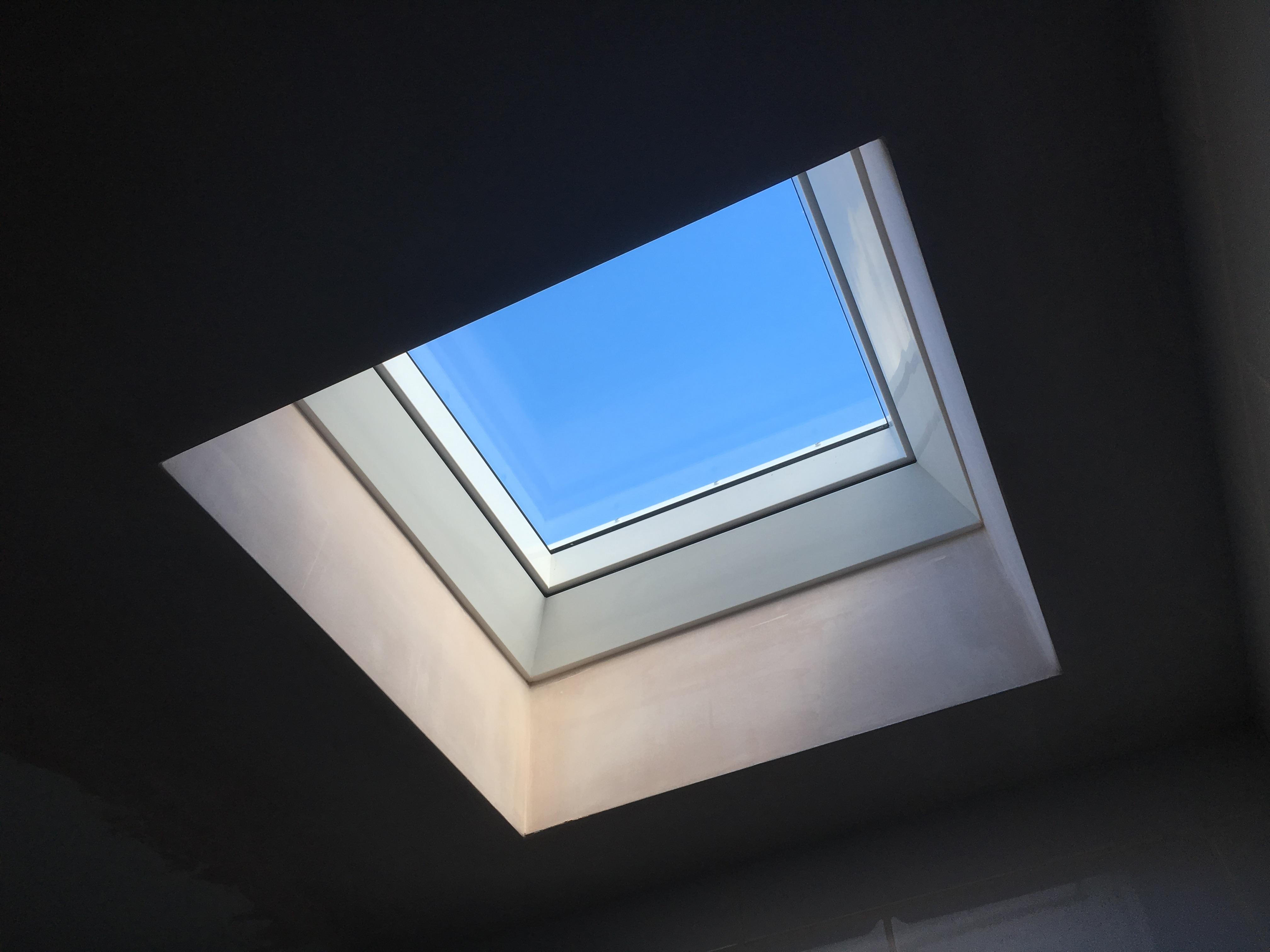 VELUX Flat roof solar installation