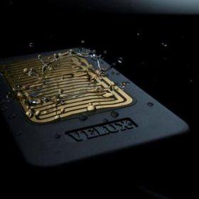 How does the VELUX rain sensor work?