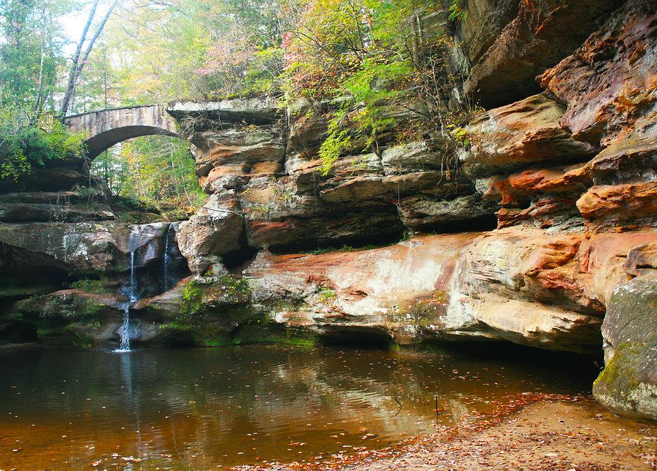 Upper Falls Old Mans Cave Orange Shot.JP