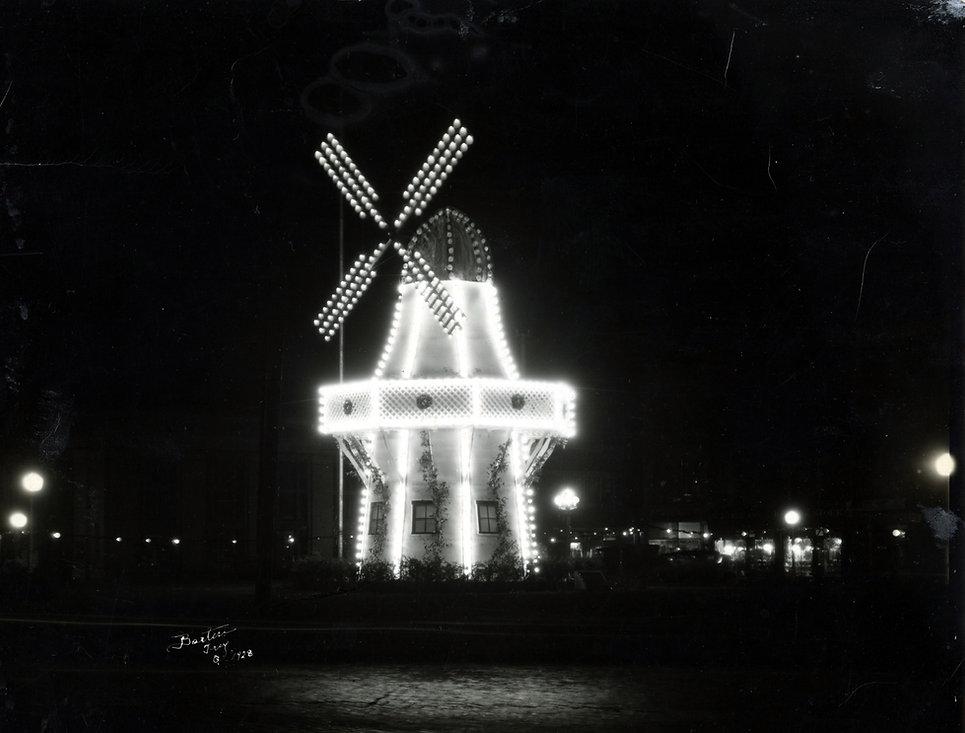 Windmill 4.jpg