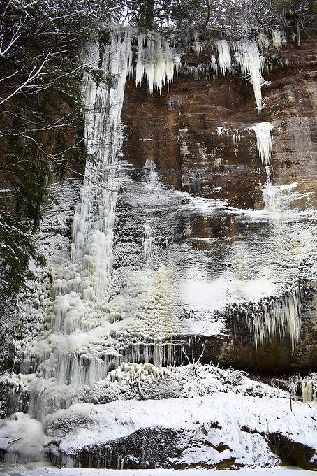 Cedar Falls at Hocking Hills Winter.jpg