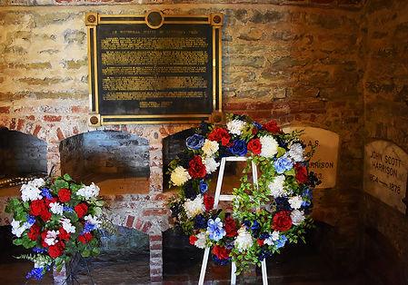 Harrisons Tomb Inside.JPG