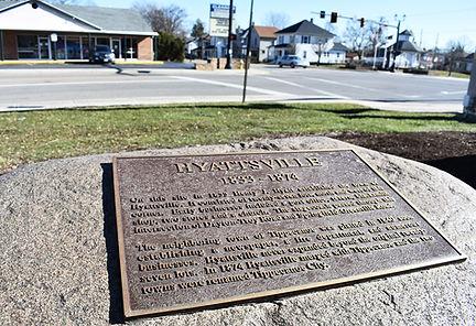 Hyattsville Sign Looking East.jpg