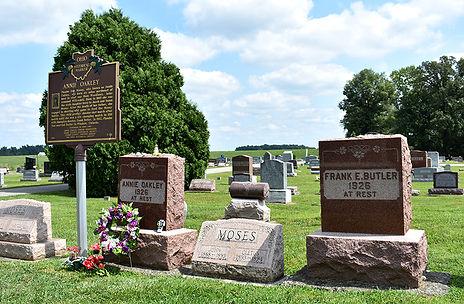 Annie Oakley Frank Butler Gravesite.JPG