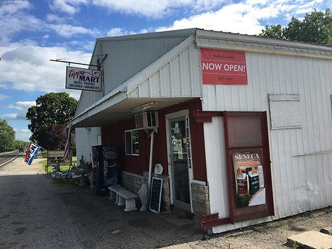 The Tippy Mart in Tippecanoe Indiana.JPG