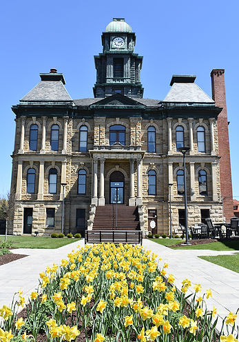 Holmes Courthouse Yellow 2.jpg