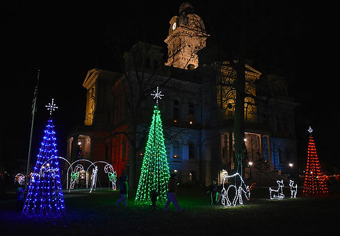 Sidney Winter Wonderland Courthouse with