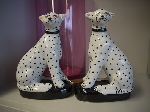Pair of Sitting Leopards