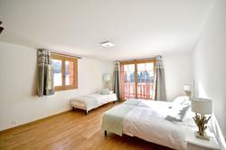 chambre 3 lits rez 1