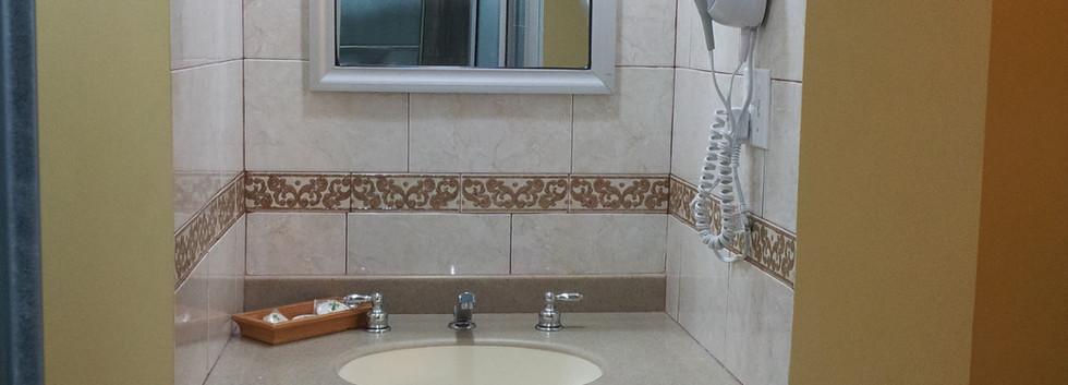 Lavamanos en Habitación sencilla Confort