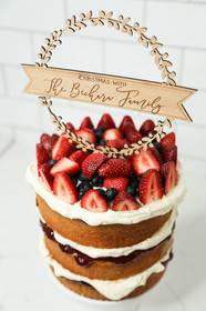 Family Wreath Personalised Cake Topper 2