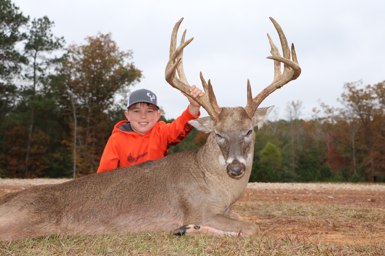"165"" BC - Texas Whitetail Hunting"