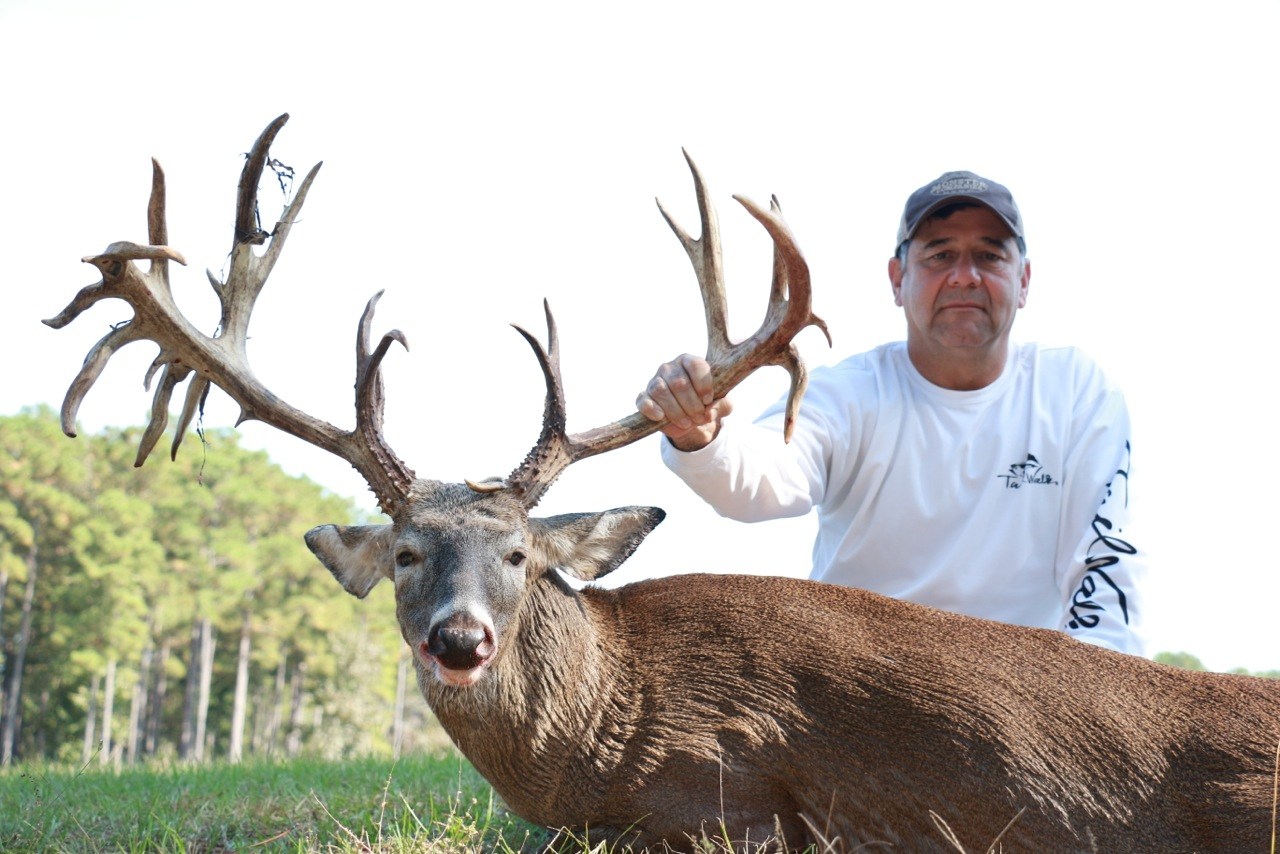 Monster Texas Whitetail Deer Hunting