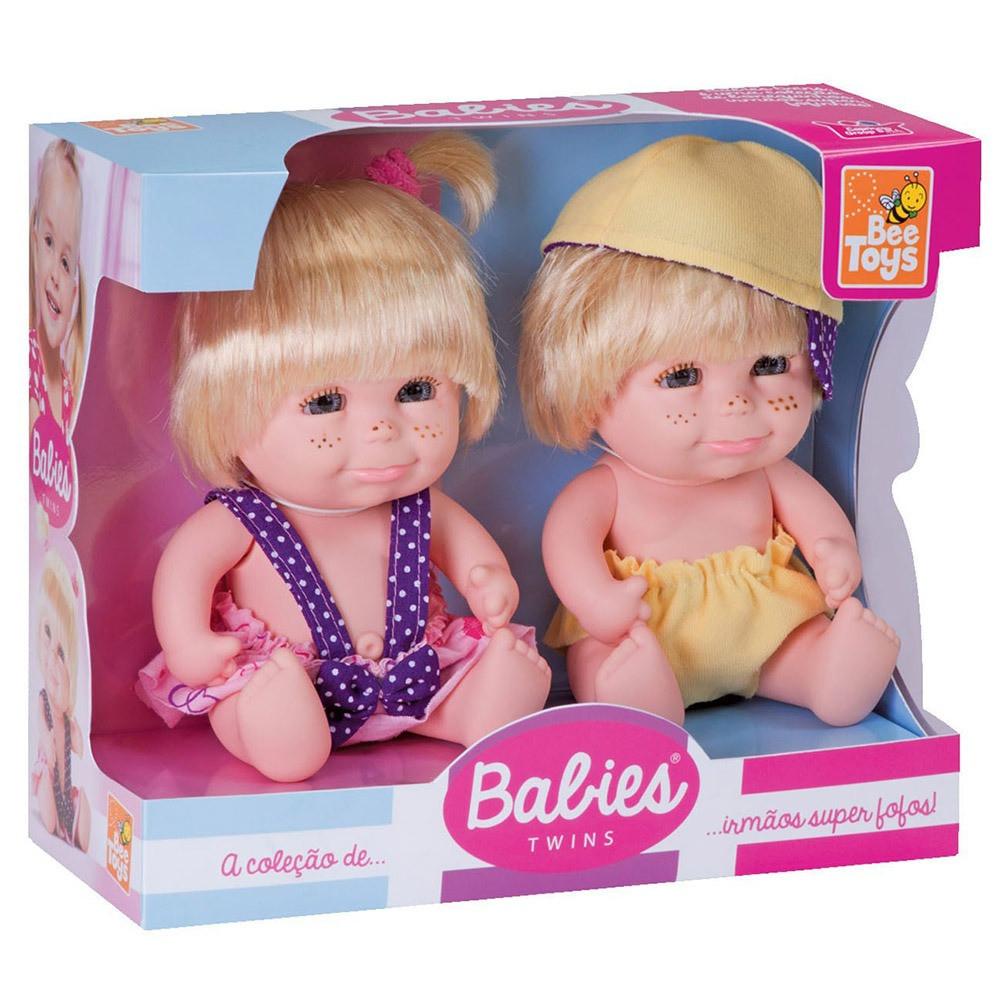 Casal de bebês gêmeos