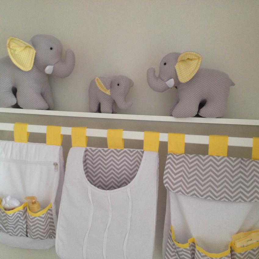trio-de-elefantes-cinza-com-amarelo-decoracao-de-bebe