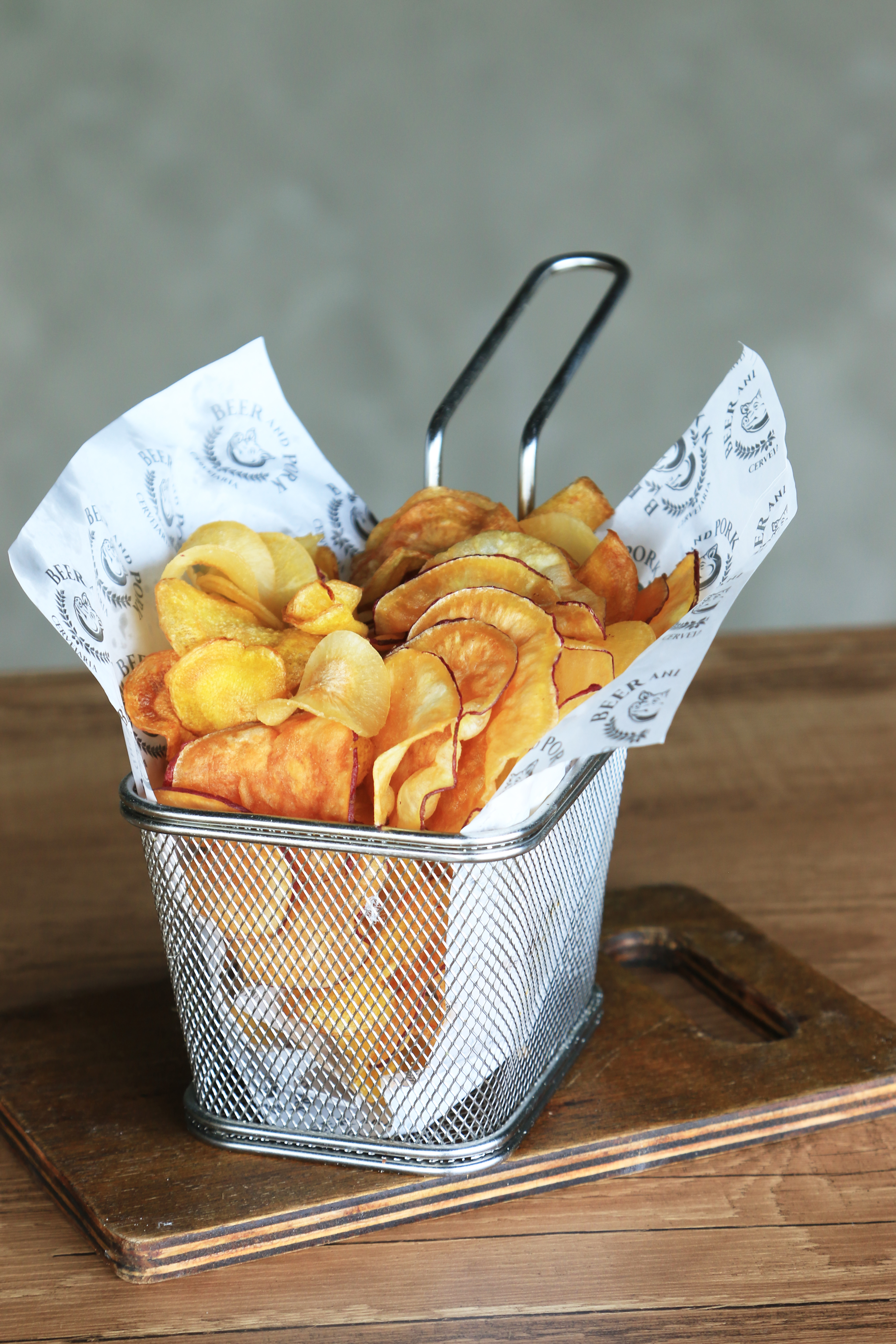 CHIPS & CHIPS