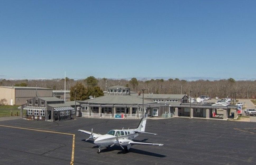 EH Airport.jpg