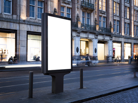 Going Digital: Why You Should Choose Digital Signs for Businesses Over Print Signage
