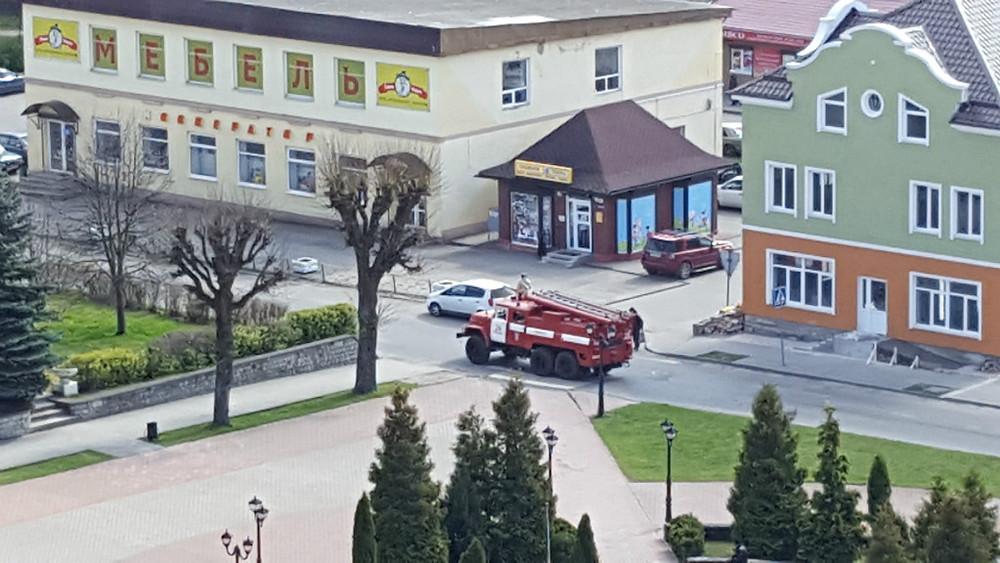 Marktplatz von oben - Feuerwehreinsatz mit Nostalgiegefühl