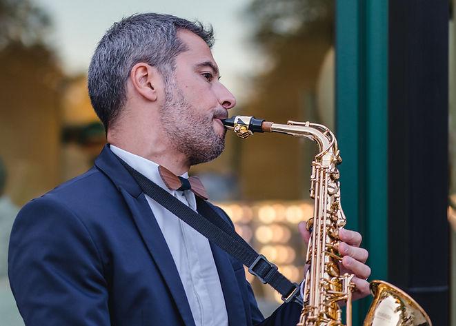 Saxophonist Fedesax.jpg
