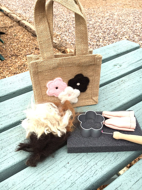 Flower/Heart Needle Felting Kit
