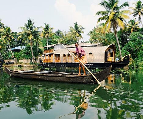 alappuzha backwater tour.jpg