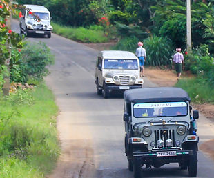 public transport in munnar.jpg