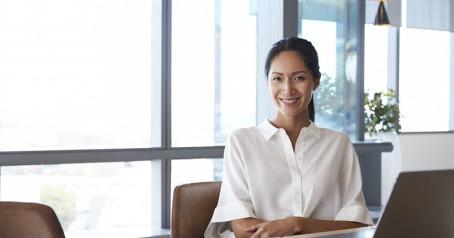 Οι 5 ερωτήσεις που θα πρέπει να θέσετε στο ξεκίνημα μιας νέας δουλειάς