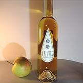Mr. Plūme ābolu sidra destilāta pudele. Kalvīts - ozolkoka mucā izturēts, 40% alc. tilp.