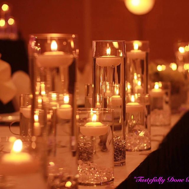 Candlelit head table..