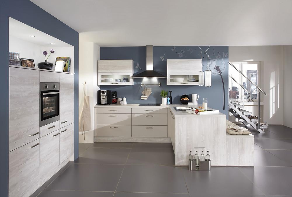Eine Küchen mit Wohnlicher Atmosphäre in Nautic Pine Rio 374.