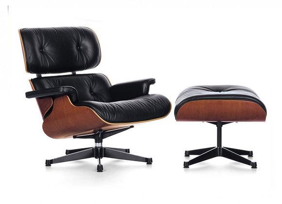 Poltrona  Charles Eames com apoio para os Pés