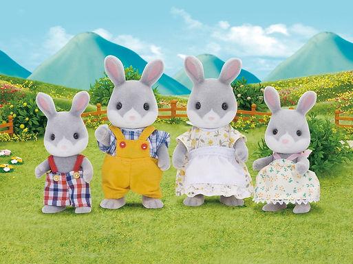 4030 Cottontail Rabbit Family