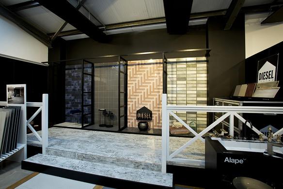 Versatile Bathrooms + Tiles showroom 3-m