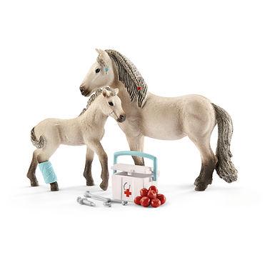SCHLEICH 42430 HORSE CLUB HANNAH'S FIRST-AID KIT