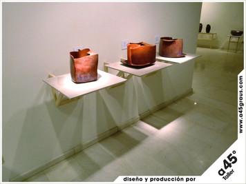 Diseño y montaje de la exposición de Carmen Collell y Pep Madrenas