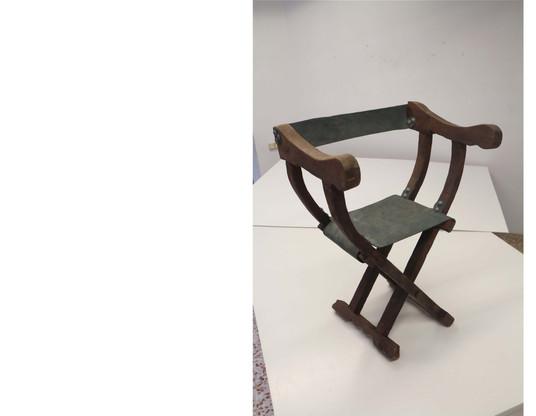 Attrezzo: cadira per a un rei