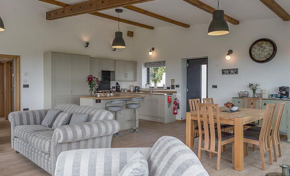 Open plan Lounge/Kitchen/Dining area