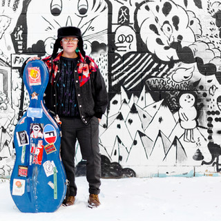 Cris Derksen - Winter Snow - Standing in front of graffiti