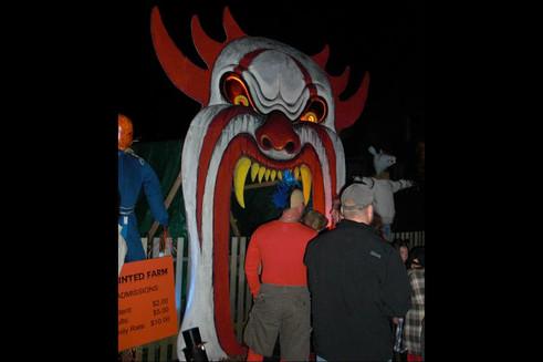 Haunted Mulford Farm entrance