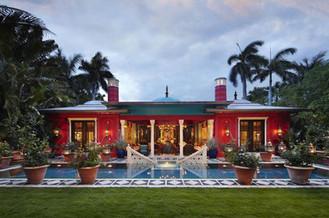 Palm Beach exterior stenciling