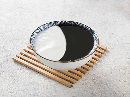 304 Yin-Yang (Sesame/Almond)
