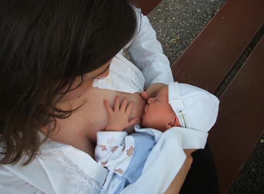 Neomamme: i quattro falsi miti dell'allattamento