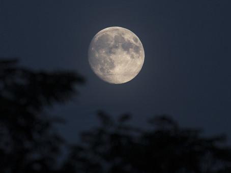 Luna Piena 5 luglio 2020 in Capricorno ed eclissi lunare