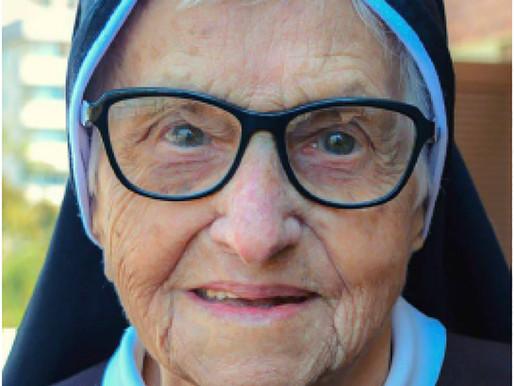 A 107 anni Suor Lucila Bebber ha raggiunto i pascoli del cielo in Brasile