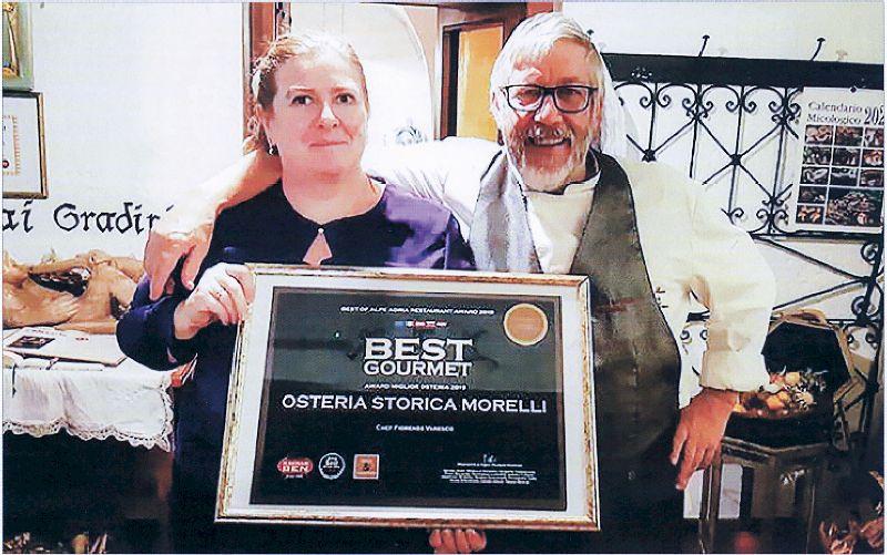 Antonella e Fiorenzo Varesco con il riconoscimento