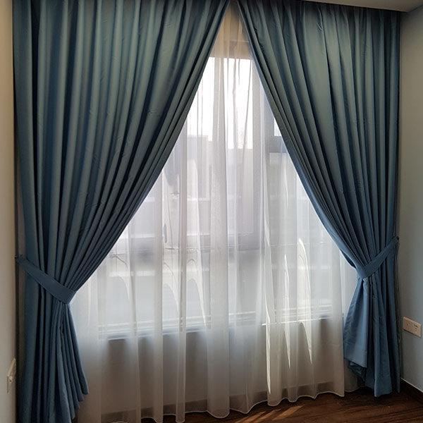 blue-curtains-singapore-600x600