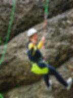 Abseilen beim Canyoning in Bayern