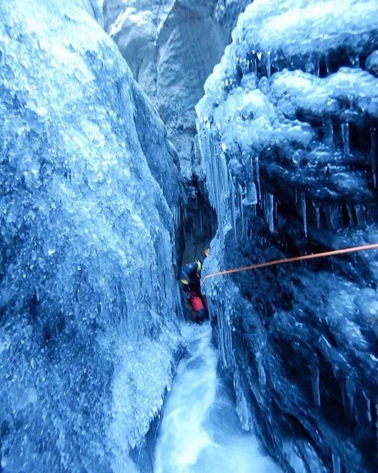 Wintercanyoning2