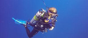 Sea Saba's advanced dive courses.